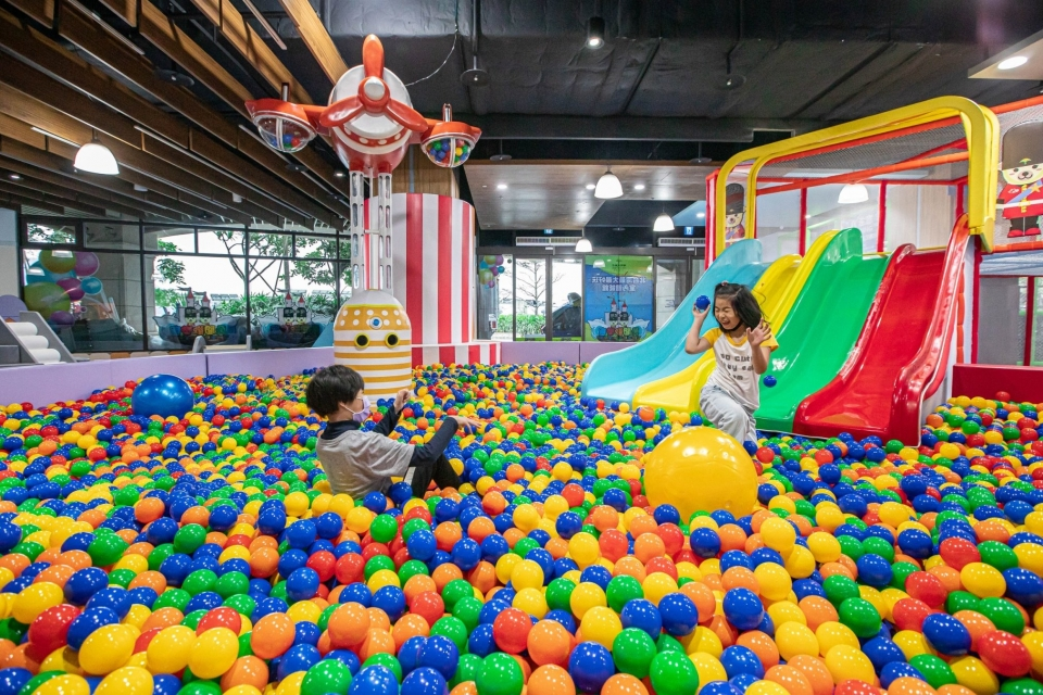 北台灣好玩的親子體能館 淡水阿熊勇闖歡樂島