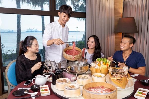 艾斯的美食視界「阿基師潮餐廳開幕,推出頂級海陸火鍋超美味」