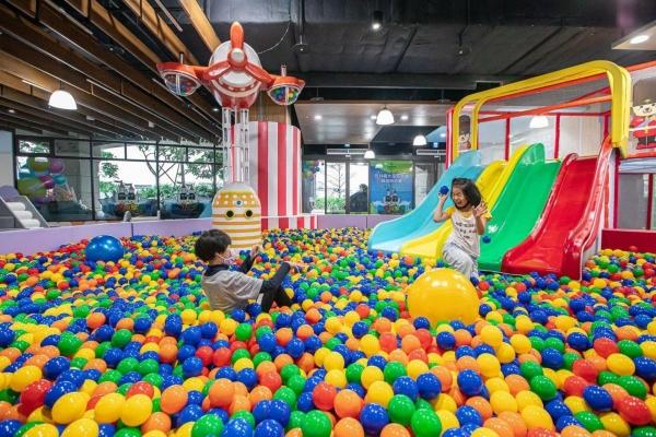 淡水福容大飯店 推出全新二層樓親子遊戲區