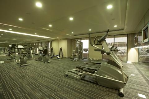 990207-0185健身房