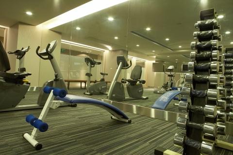 990207-0193健身房