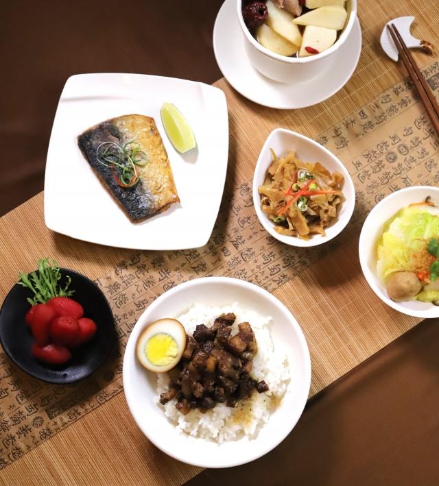 國民美食拚創新 星級飯店推復古滷肉飯套餐