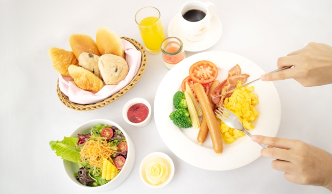 To prevent the spread of Novel Coronavirus, breakfast set meal will be served.