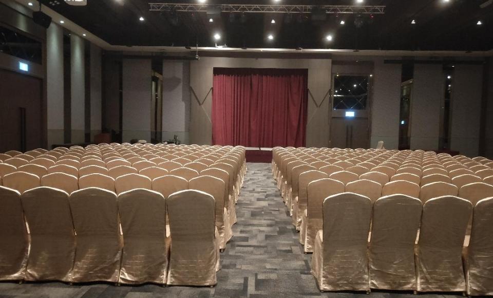 玫瑰廳劇院型-1