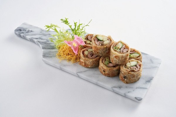 Duck Rolls with Green Onion Pancakes