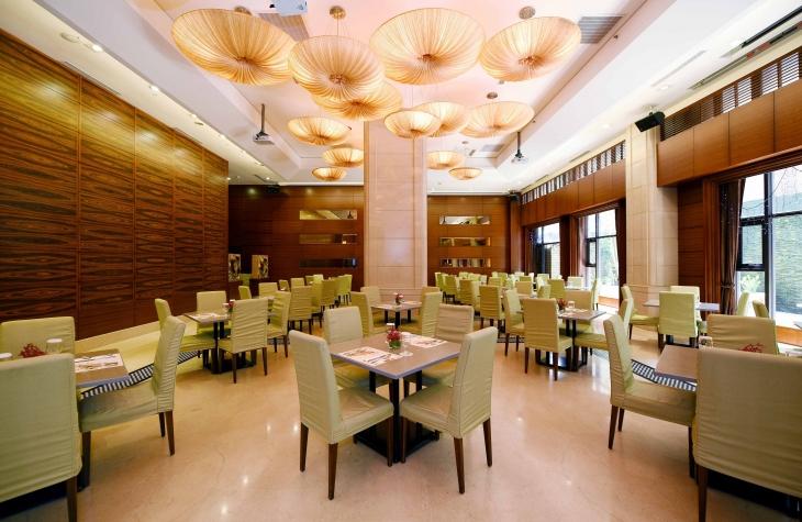 鼎园中餐厅