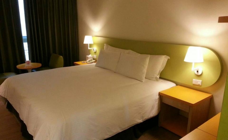 精緻雙人房一大床