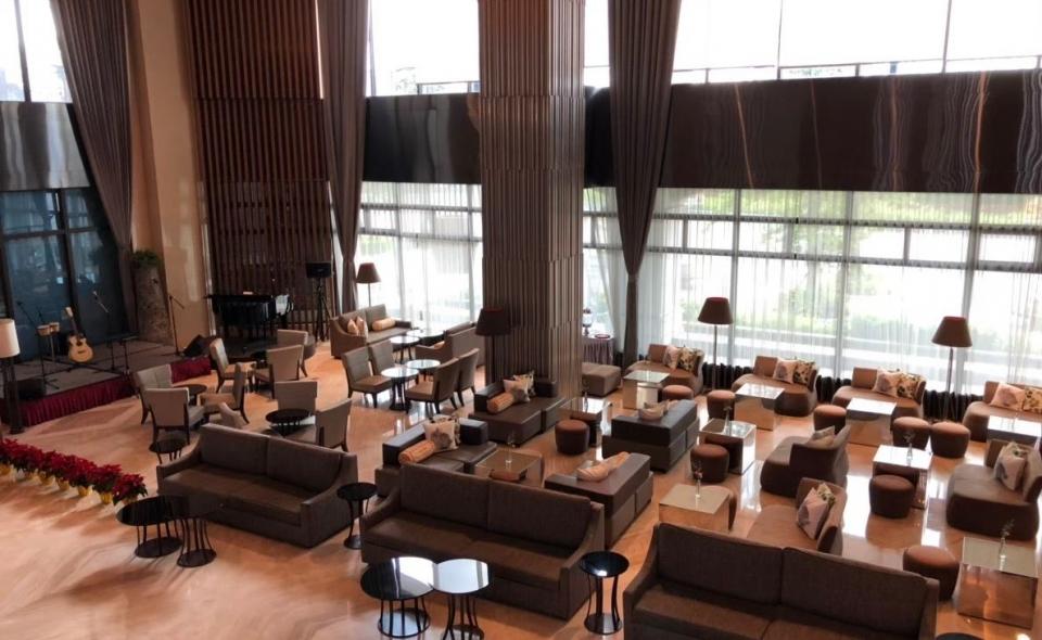 Lobby Café