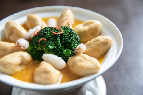 蠶繭豆腐煲