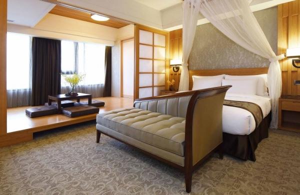 Japanese / Western Room (sea view)