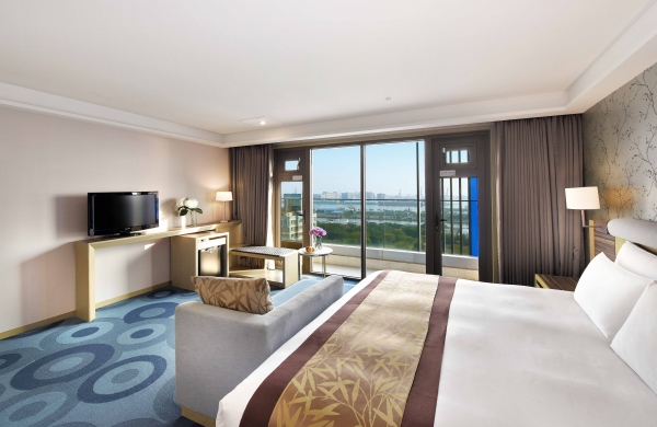 Superior Room With Harbor View